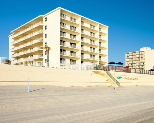 Fantasy Island Resort Ii In Daytona Beach Shores