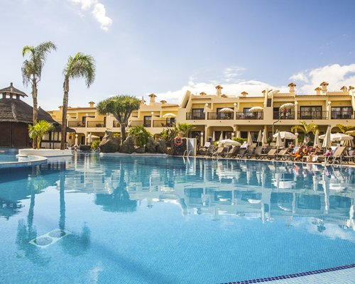 Timeshare royal sunset beach club adeje tenerife for Decor international adeje tenerife