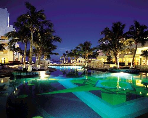 http://www.rci.com/CDA/Resorts/Assets/4110E01L.jpg
