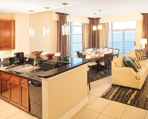168 000 Club Wyndham Ocean Boulevard Odd Year Timeshare For Sale Ebay