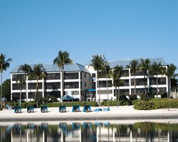 Mariner s Boathouse & Beach Resort