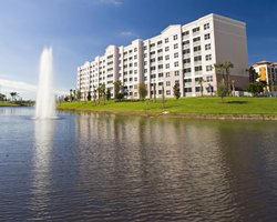 Buy Timeshare at Oasis Lakes at the Fountains