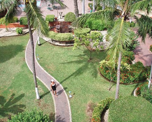 An aerial view of Aruba Beach Club garden with a walkway.
