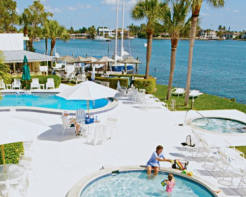 Charter Club Resort of Naples Bay