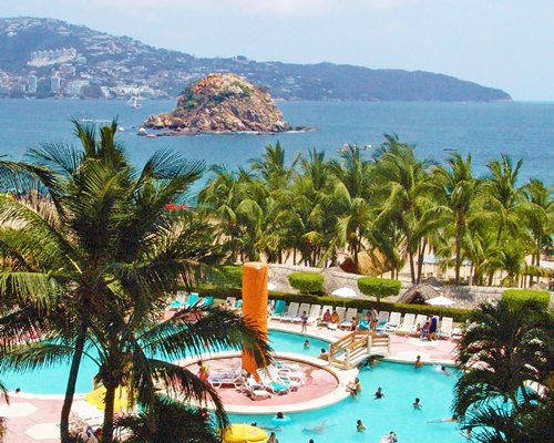 Playa Acapulco Beach At Playa Suites