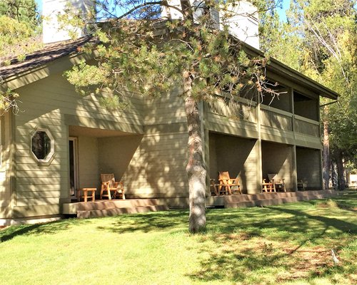 Scenic multiple units of Vacation Internationale The Pines At Sunriver resort.
