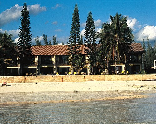 Mayfield Beach Resort