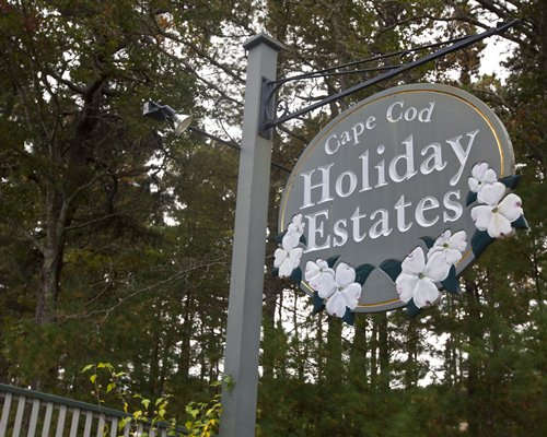 A signboard of the Cape Cod Holiday Estates Resort.