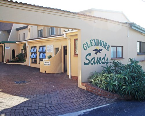 Scenic exterior view of Glenmore Sands And Cabanas.