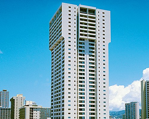 An exterior view of the Lifetime in Hawaii Condominium.