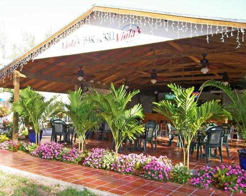 A bar at the Sunrise Beach Club & Villas.