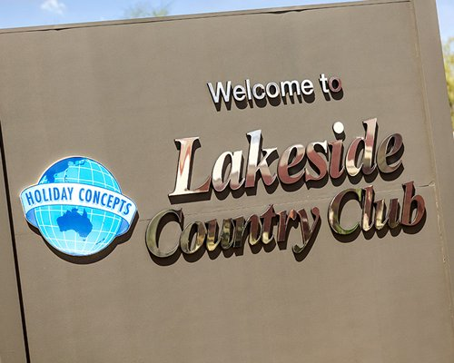 Signboard of the Lakeside Country Club.