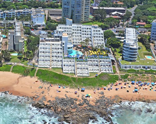 An aerial view of La Montagne alongside the beach.