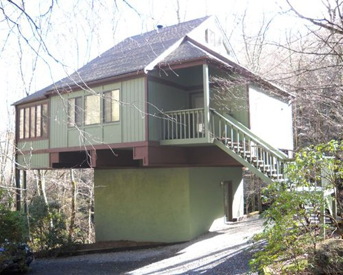 An exterior view of Mossy Creek on Sugar Mountain resort unit.