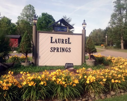 Signboard of Laurel Springs Resort.