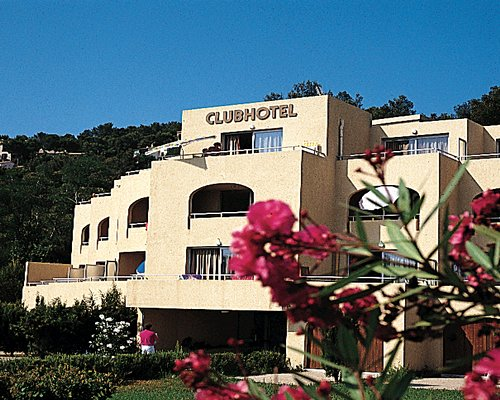 CLUBHOTEL PIERRE & VACANCES ST MANDRIER