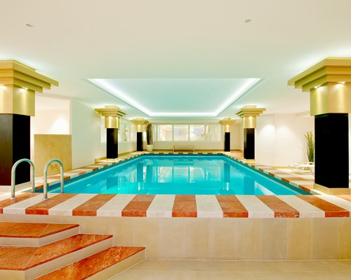 Indoor swimming pool at Ferienclub Schloesslhof.