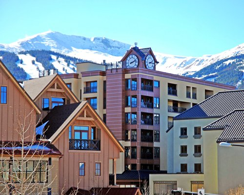 An exterior view of The Village at Breckenridge resort.