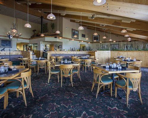 Indoor restaurant at Superior Shores.
