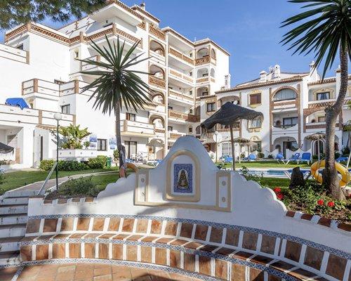 Crown Resorts at Club Calahonda