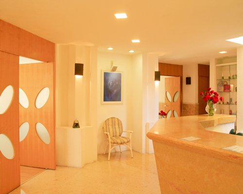 A well furnished reception area of the Coral Cuernavaca Resort & Spa.