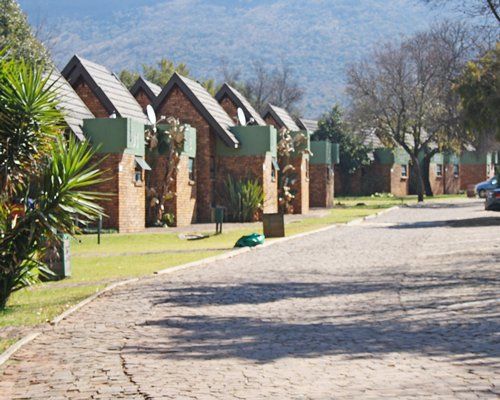 A pathway alongside the Magalies Park Country Club.