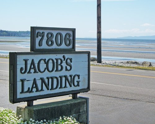 A signboard of the Jacob's Landing Condominiums resort.
