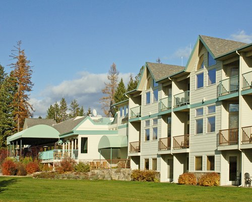 Scenic exterior view of the Meadow Lake Golf Resort.