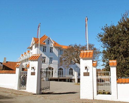 Entrance to the Strandslot Ferielejligheder resort.