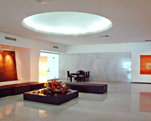 Lounge area with dining at Bayview Club.