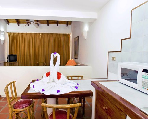 Casas Del Sol Hotel Suites & Beach Resort