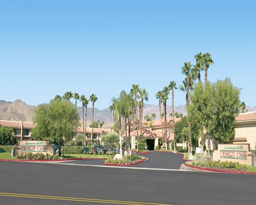 Street view of Welk Resorts Palm Springs.