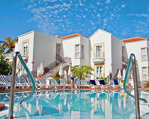 Parque del Sol Beach Club #2377 Details : RCI