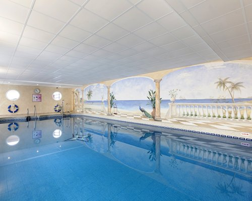Large swimming pool with sea view.