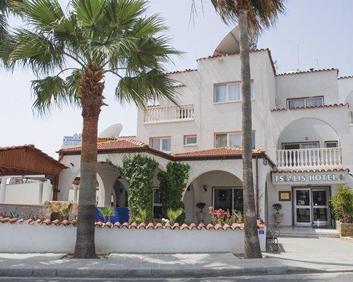 Club Pyla Beach Resort
