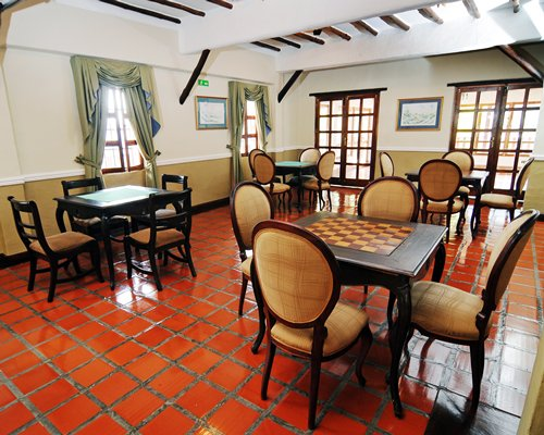 A well furnished indoor restaurant at La Trucha Azul resort.