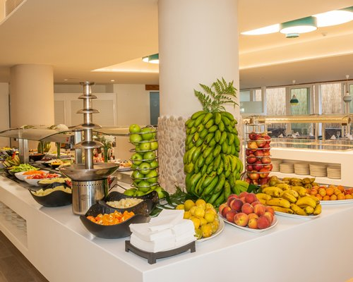 A well furnished buffet with the variety of fruits.