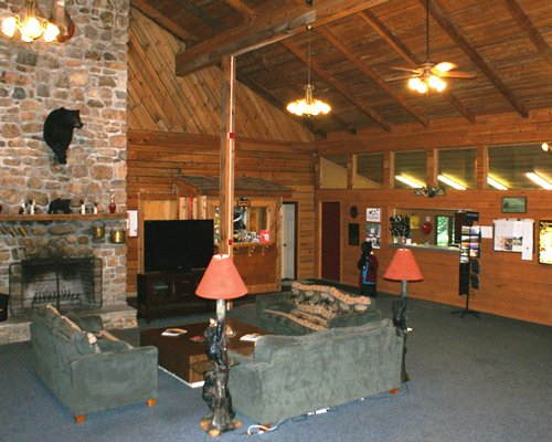Smoketree Lodge
