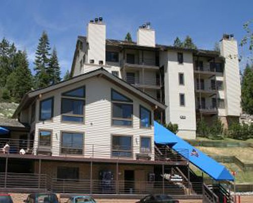 An exterior view of the GEOHoliday @ Tahoe Summit Village resort units.