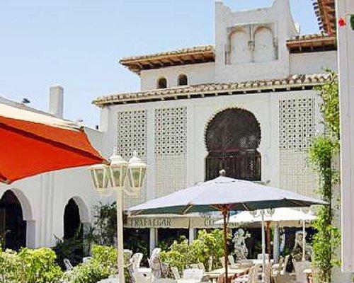 Outdoor restaurant at Medina del Zoco.