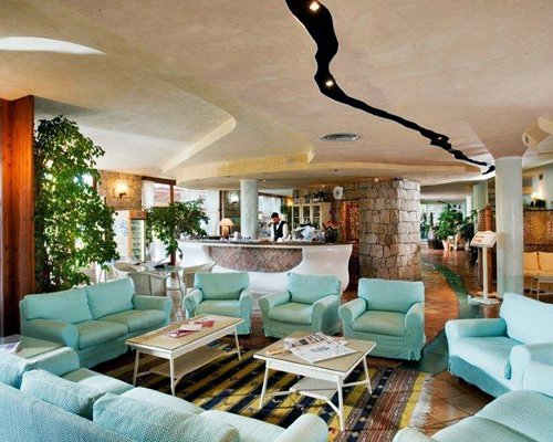Reception and lounge area at Sporting Hotel Tanca Manna.