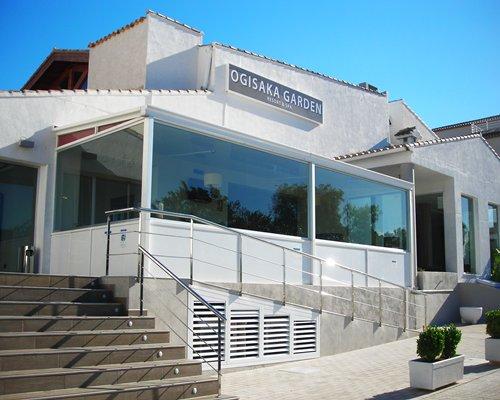 Exterior view of the Ona Ogisaka Garden resort unit.