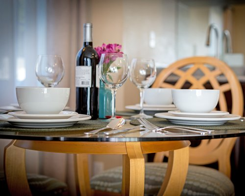 A well furnished indoor fine dining area.