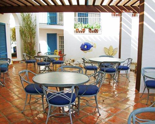 Indoor restaurant at Adriatic Villa.