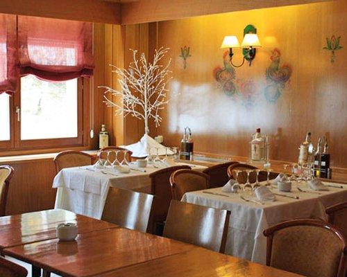 Indoor restaurant at Sol Neu.