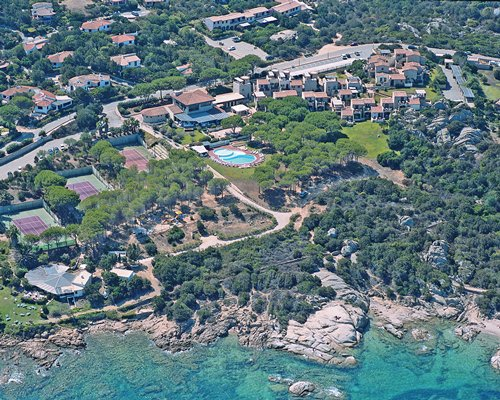 An aerial view of the Hotel Residence Porto Piccolo.
