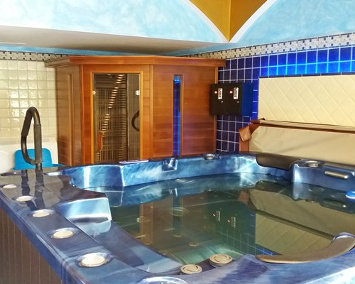A view of an indoor Jacuzzi.