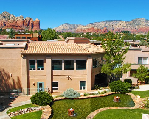 An aerial view of the Sedona Springs Resort.