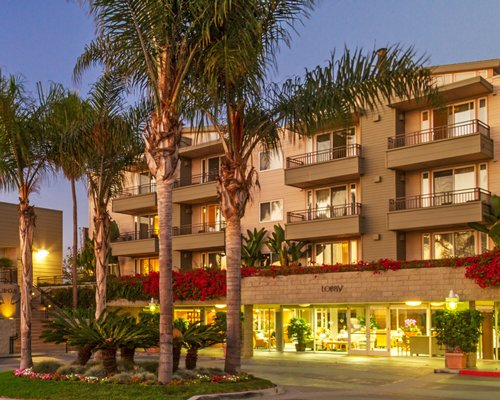 An exterior view of the Carlsbad Seapointe Resort.