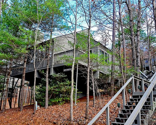Exterior view of the Petit Crest Villas at Big Canoe surrounded by wooded area.